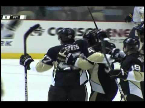 Simon Despres First NHL Goal [12-17-11]