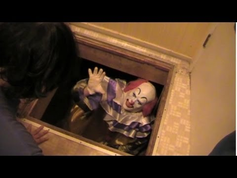 Pennywise The Clown: IT Returns!