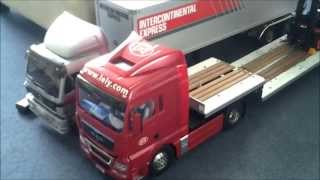 TAMIYA MAN TGX 18.540 with custom made motorized extendable trailer nearly finished.......