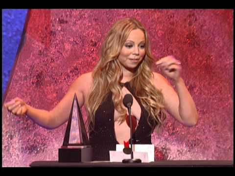 Mariah Carey Wins Favorite Soul/R&B Female Artist - AMA 2005