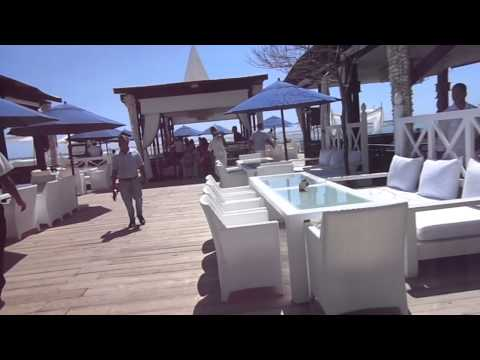 Eat the Neptuno restaurant in Boca Chica, Dominican Republic with Eva's Best Travel and Cruises!