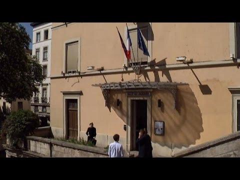 مدينة لِيون الفرنسية صوتَّتْ بنسبة مشاركة عالية بلغت 60 بالمائة بعد الظهر  - نشر قبل 15 دقيقة