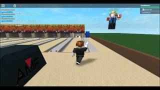 Bowling on ROBLOX with gabrielhill99