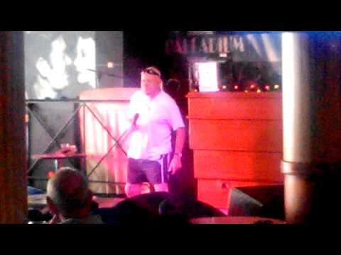 karaoke funny in palladium benidorm