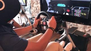 Simuladores de conducción y HTC Vive para eventos