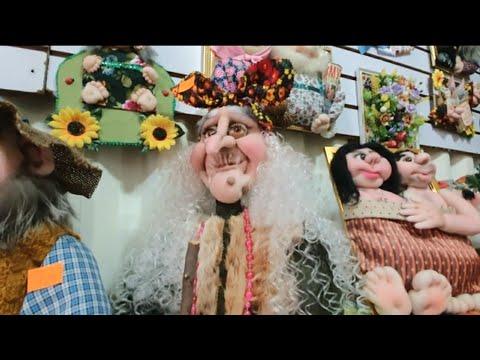 Она делает куклы своими руками ! Барахолка в Казахстане Алматы.Баба Яга и Домовой .Элла Австралия