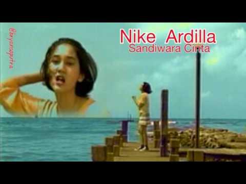 Nike Ardilla - Sandiwara Cinta (+ Lyric)