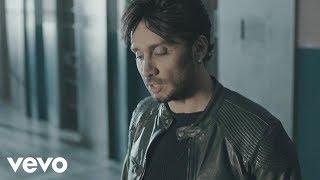 Смотреть клип Fabrizio Moro - Portami Via