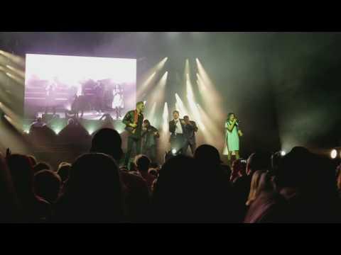 "Pentatonix - ""Take On Me"" - LIVE - Cincinnati, OH - 8/6/17"