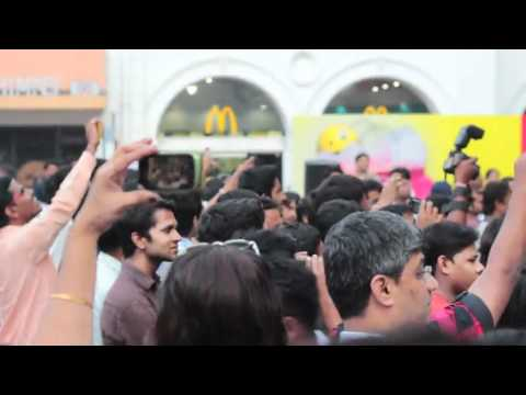 First ever Senior Citizen FLASH MOB in India at High Street Phoenix, Mumbai - OFFICIAL