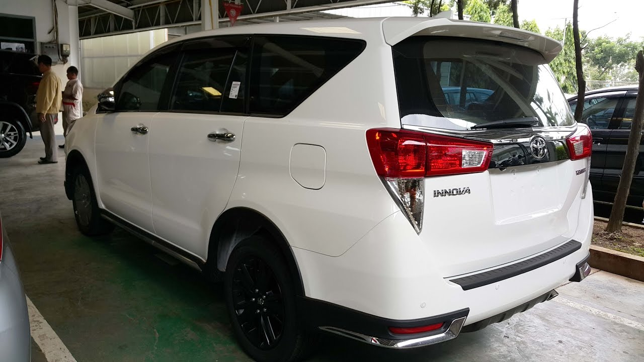all new kijang innova venturer konsumsi bbm grand avanza 2016 2017 white youtube
