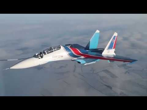 A JOY TO WATCH: Russian Air Force Jets Train in Flight Refueling