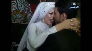 عريس وعروسه فى قمة الرومانسيه