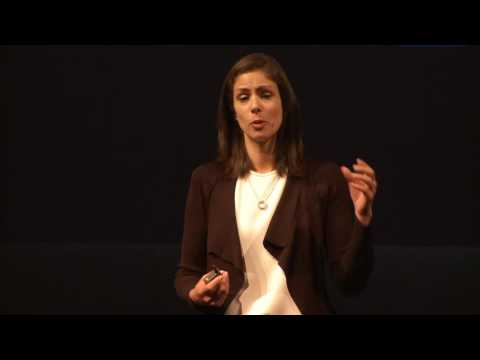 Rachel Botsman - THE CURRENCY OF THE NEW ECONOMY IS TRUST.