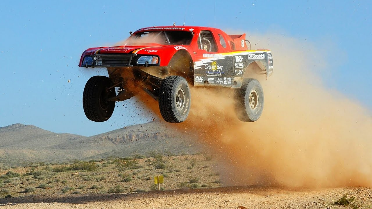 SCORE Baja 1000 Trophy Truck Off Road Racing - YouTube