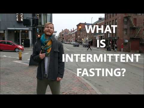 WHAT IS INTERMITTENT FASTING? (It's NOT Starving Yourself!)
