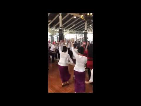 Indonesian Pilots And Cabin Crew Dancing Merry Christmas In Airport