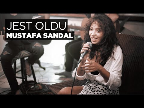 Zeynep Bastık – Jest Oldu Akustik (Mustafa Sandal Cover)