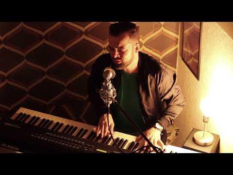Gavin James –Watch it all fade | Deus salve o rei (Douglas Berti)