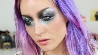 Extreme Oil-slick Grunge Look