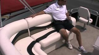 2010 Qwest 7516 Sport Deluxe by Apex Marine at Peters Marine Service Thumbnail