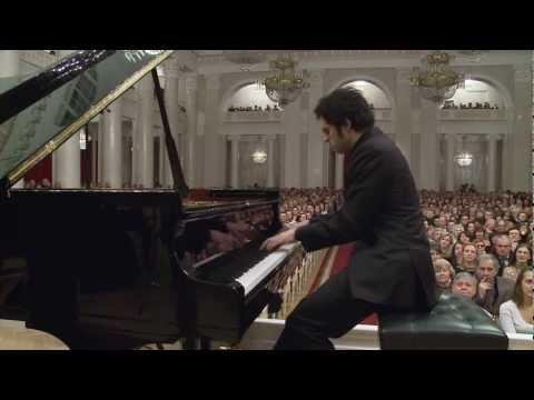 Soheil Nasseri in St. Petersburg Russia: Rachmaninoff Piano Concerto No. 1