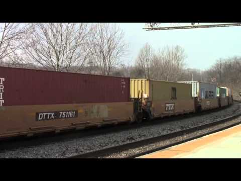 Railfanning Connelsville - Spirit of Cincinnati and Some SWP/AVR Action