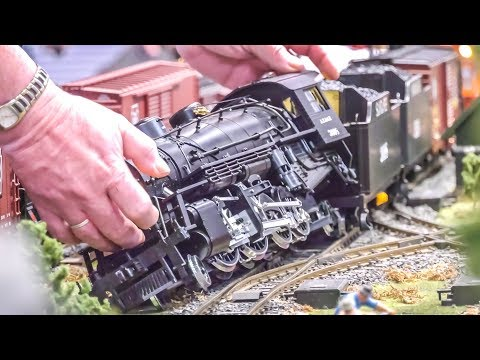 STUNNING Model Trains! Train Crash! Large Scale!