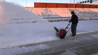 Honda HS550 demo sneeuwruimer sneeuwfreezen sneeuwscheppen