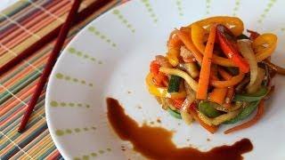 Wok de verduras salteadas con salsa de soja   Stir-fried vegetables with soy sauce