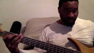 Theory Bass Lesson: MonoNeon Style lick