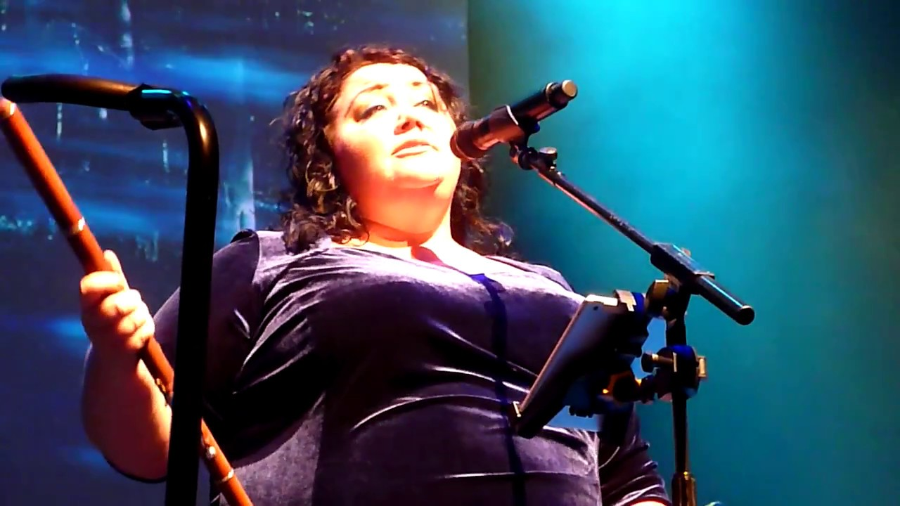 afro-celt-sound-system-honey-bee-barbican-london-october-2016-gigs-krislw