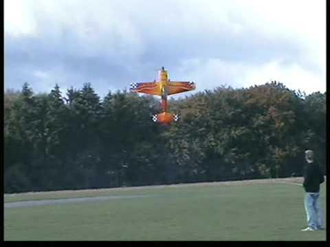 Thomas Weiss 3D rc airplane  Freestyle extreme flight