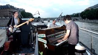 "Jamie Cullum ""Wind Cries Mary"" @ On the Seine (Paris)"