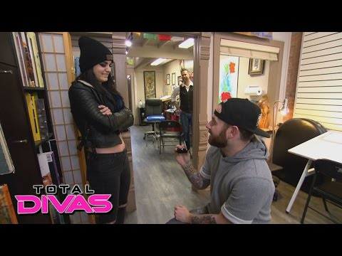 Paige is shocked by Kevin's proposal: Total Divas: September 15, 2015