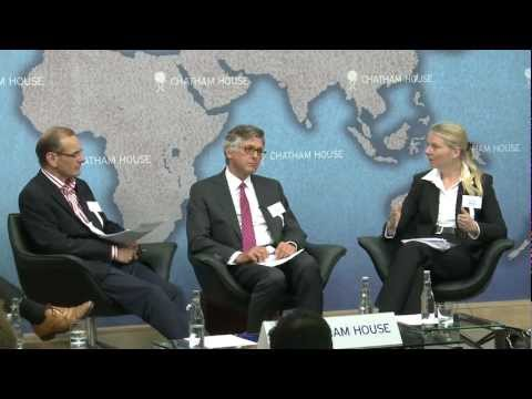 Opening up the Arctic: Prospects, Paradoxes and Geopolitical Implications on YouTube