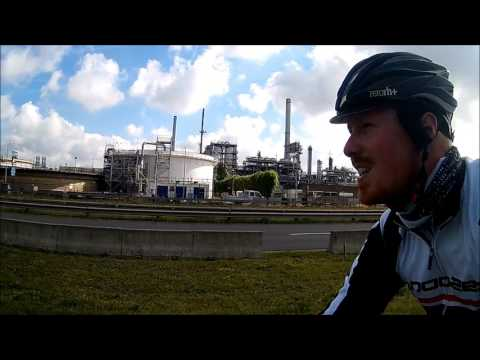 Cycling in Flanders and Holland: 200 km bikeride to the Port of Antwerp and the Oesterdam