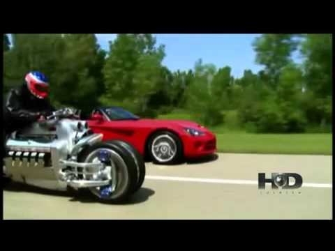 Dodge Viper Vs A Moto Dodge Tomahawk Youtube