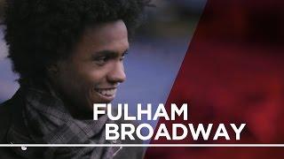 No estdio do Chelsea com o craque Willian  Fulham Broadway  Londres de Metr
