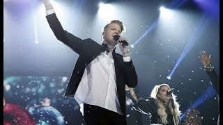 "Pentatonix Christmas Special ""Imagine"" live."