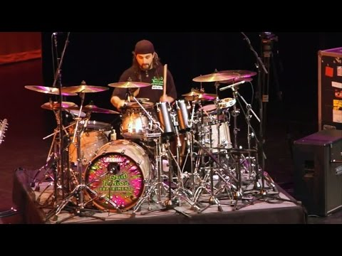 the-greatest-drum-solos-by-the-greatest-drummers