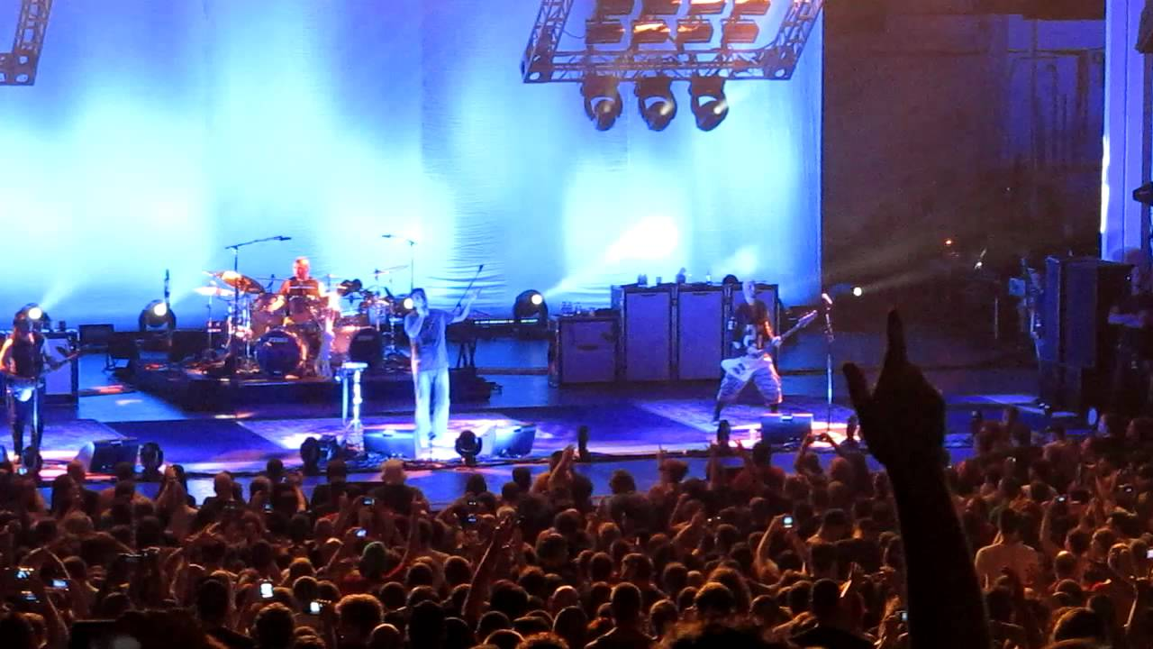 system of a down - chop suey! - pnc bank arts center holmdel nj aug