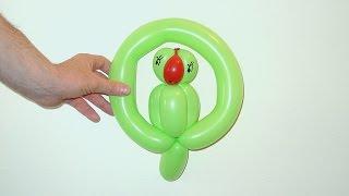 Как сделать попугая из шариков(В этом видео уроке вы научитесь как сделать попугая на качеле из шариков используя технику плететения твис..., 2014-03-21T01:58:00.000Z)