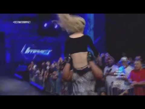 Awesome Kong powerbomb on Taryn Terrell (sexy)
