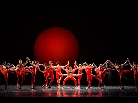 Maurice Béjart - « L'Oiseau de feu » d'Igor Stravinsky (Benjamin Pech / Ballet de l'Opéra de Paris)