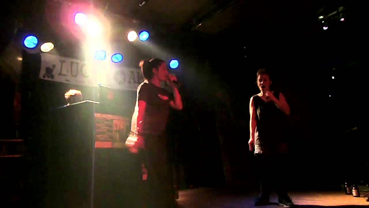 Daisy chain & Mis Zebra - live - Clash (berlin) 4.01.2014 ...