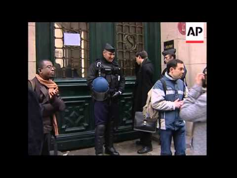 Sorbonne university closes after students clash over reform protests