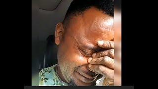 So Touching See Yoruba Actor Akin Olaiya Seriously Crying As Tope Alabi Sing For Him