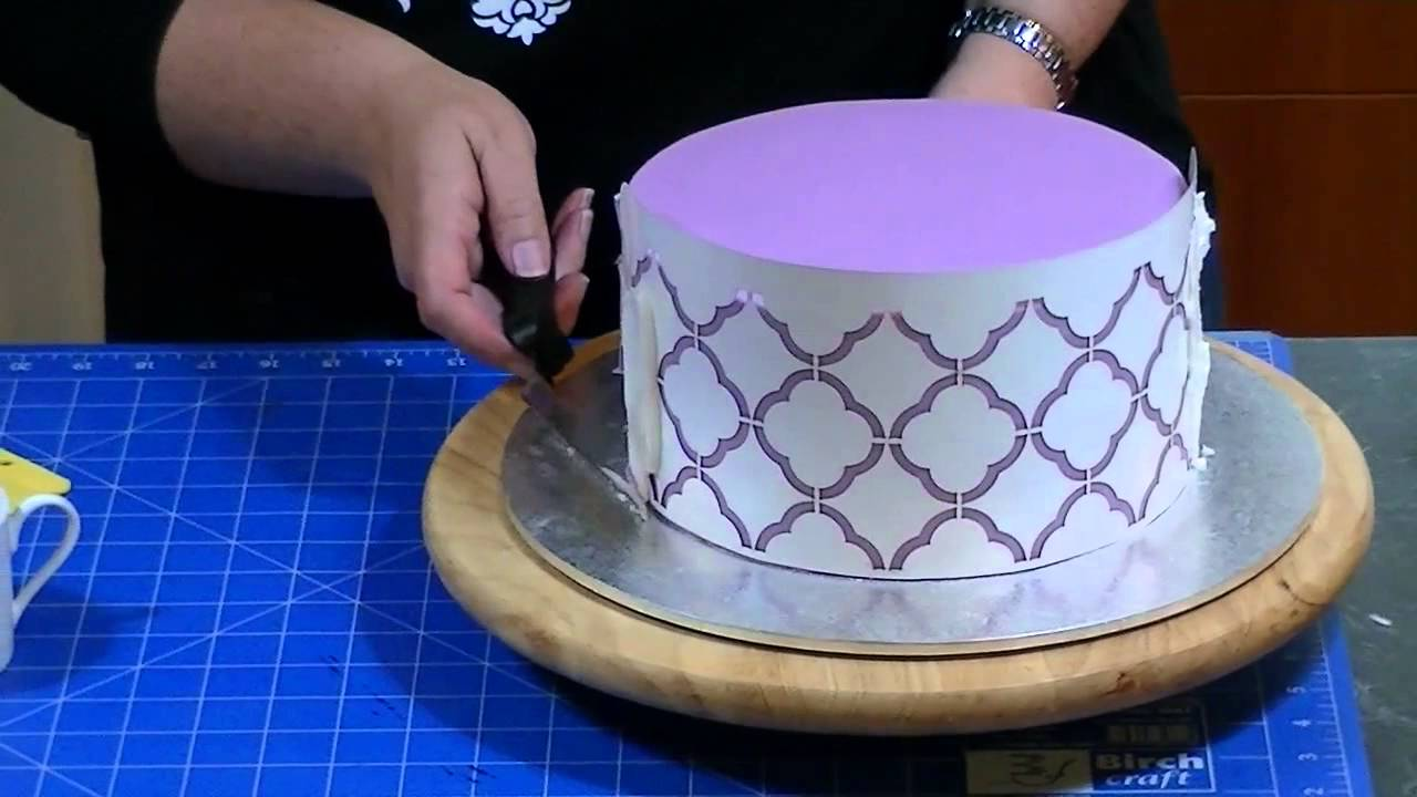 How to Stencil Royal Icing on a Cake - YouTube