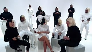 """Sia Performs With Natalie Portman, Fallon For AMAZING """"Iko Iko"""" Sing-A-Long"""